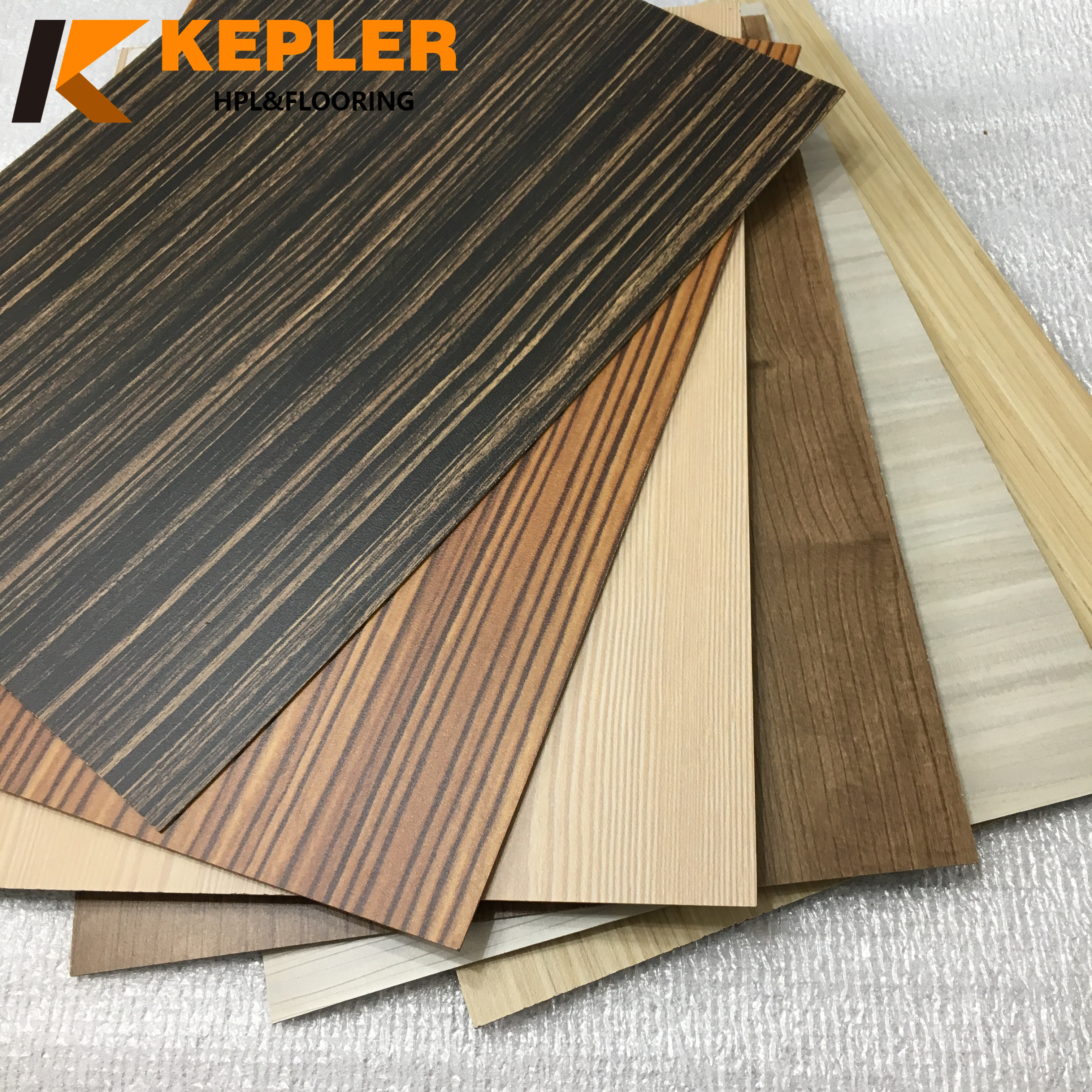 Kepler 0.7mm Wood Grain High Pressure Laminate Sheet